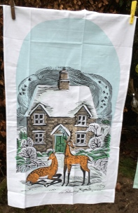 Winter Cottage: 2019. To read the story www.myteatowels.wordpress.co/2020/01 21/win