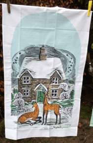 Winter Cottage: 2019. To read the story www.myteatowels.wordpress.com/2020/01/20/win