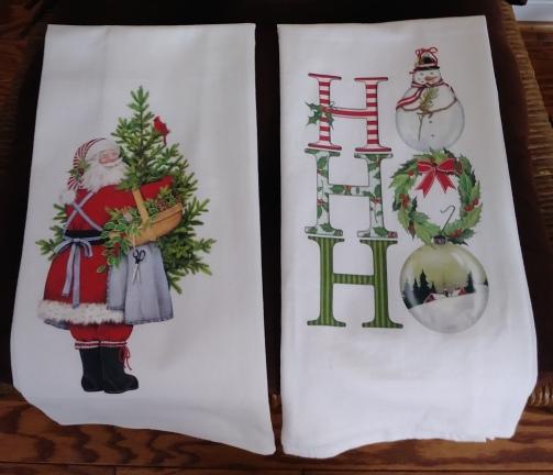 Father Christmas and Ho Ho: On 'loan' from Mari