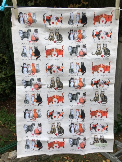 Marvellous Moggies: 2018. To read the story www.myteatowels.wordpress.com/2018/10/04/mar