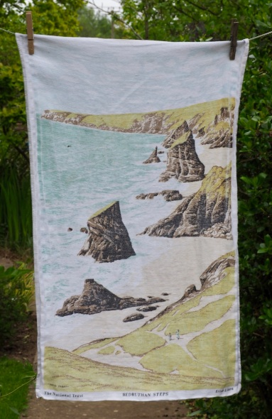 Bedruthan Steps: 1982. To read the story www.myteatowels.wordpress.com/2016/09/25/bed