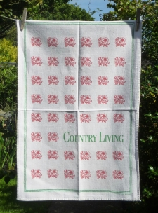 Country Living Magazine: 1993. To read the story www.myteatowels.wordpress.com/2017/01/31/cou