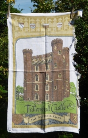 Tattershall Castle: 1987. To read the story www.myteatowels.wordpress.com/2018/02/14/tat