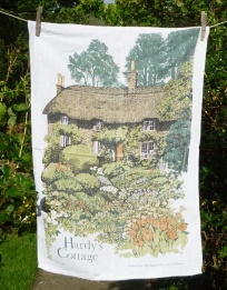 Hardy's Cottage: 1993. To read the story www.myteatowels.wordpress.com/2016/11/22/har