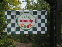 Ready Steady Cook: 1991. To read the story www.myteatowels.wordpress.com/2018/02/19/rea