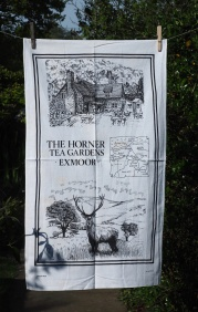 Horner Tea Gardens: 2003. To read the story www.myteatowels.wordpress.com/2015/07/22/hor