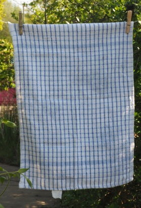 Blue and White Check: Pre-1990. To read the story www.myteatowels.wordpress.com/2018/03/25/too
