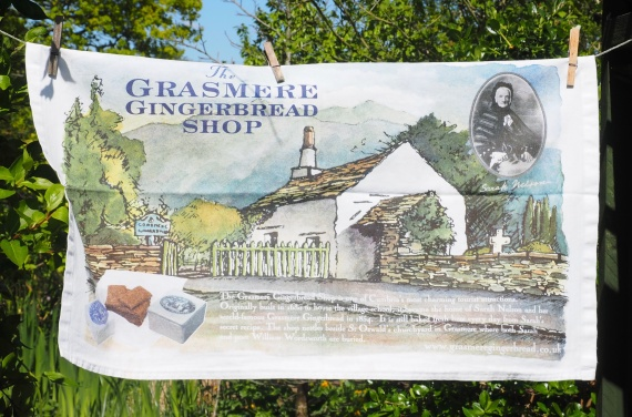 Grasmere Gingerbread Shop: 2001 and 2013. To read the story www.myteatowels.wordpress.com/2015/10/25/gra