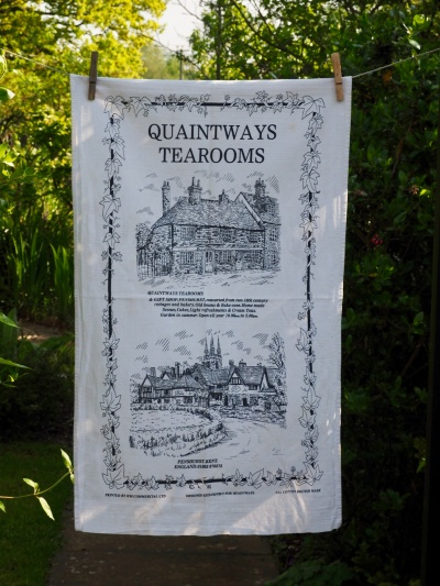 Quaintways Tea Room: 2002. To read the story www.myteatowels.wordpress.com/2015/10/25/qua