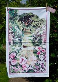 Hidcote Manor: 2016. To read the story www.myteatowels.wordpress.com/2016/06/01/hid