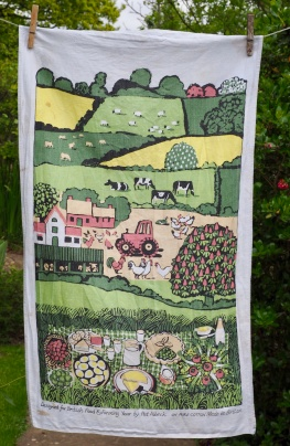 British Food and Farming Year: 1989. To read the story www.myteatowels.wordpress.com/2017/07/25/gre