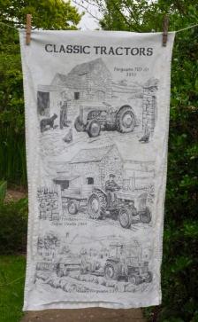 Classic Tractors: 1986. To read the story www.myteatowels.wordpress.com/2017/04/07/cla