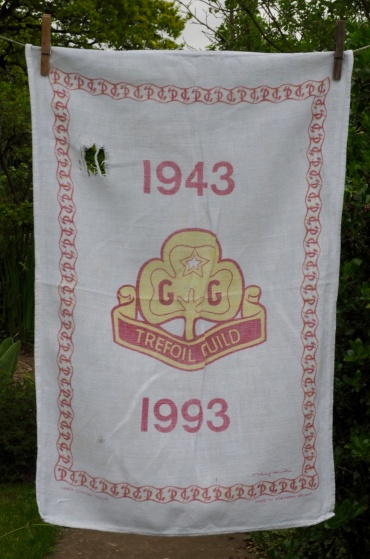 50th Anniversary of the Trefoil Guild: Acquired 2015. part of the Jean Mackenzie Special Collection of Tea Towels. To read the story www.myteatowels.wordpress.com/2019/01/30/tre