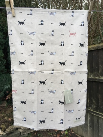 Purrfect: 2018. To read the story www.myteatowels.wordpress.com/2019/01/11/pur