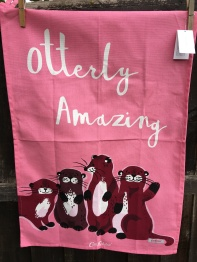 Otterly Amazing: 2018. To read the story www.myteatowels.wordpress.com/2018/09/30/ott