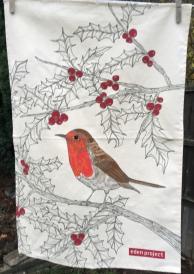 Robin Tea Towel: 2018. To read the story www.myteatowels.wordpress.com/2018/12/01/rob